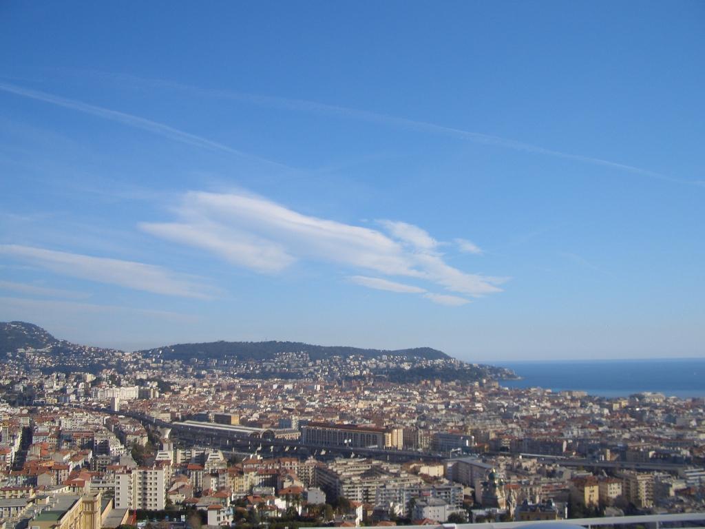 nice collines vue sur Nice