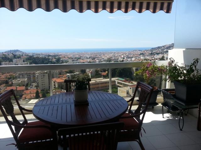 vue ville et mer des hauts de chambrun Nice Gairaut