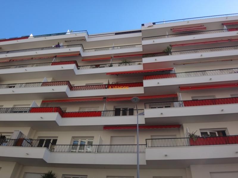 Nice Madeleine terrasse calme 159.000 Euros