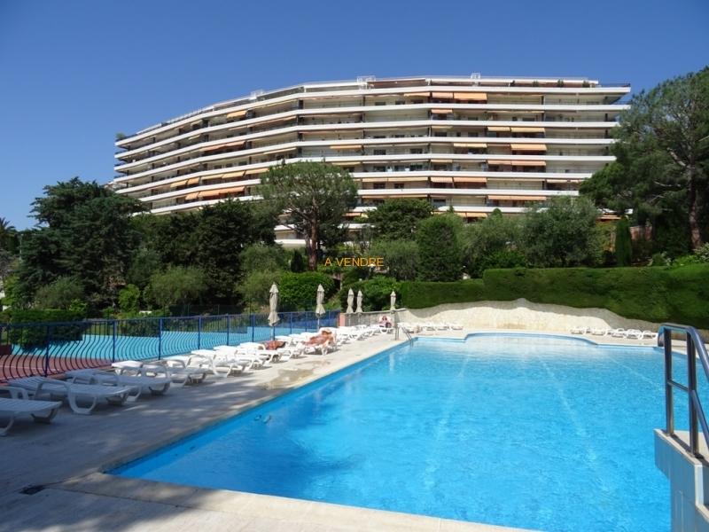 3 pièces terrasse vue mer Prix: 489.000 Euros
